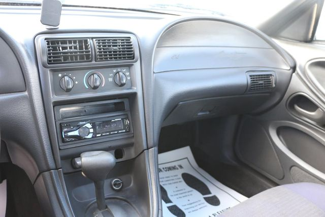 2003 Ford Mustang Deluxe Santa Clarita, CA 19
