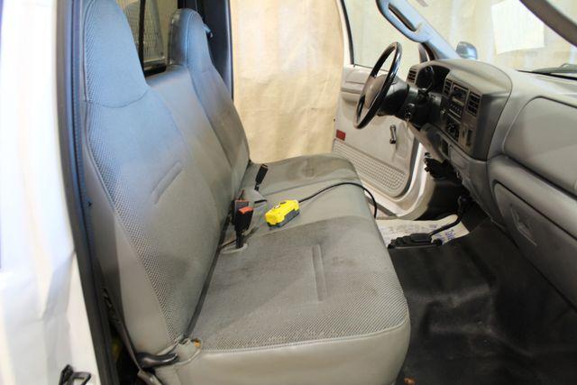 2003 Ford Super Duty F-250 dump box XL in Roscoe, IL 61073