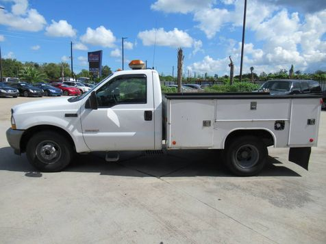 2003 Ford Super Duty F-350 DRW XL Service Truck | Houston, TX | American Auto Centers in Houston, TX