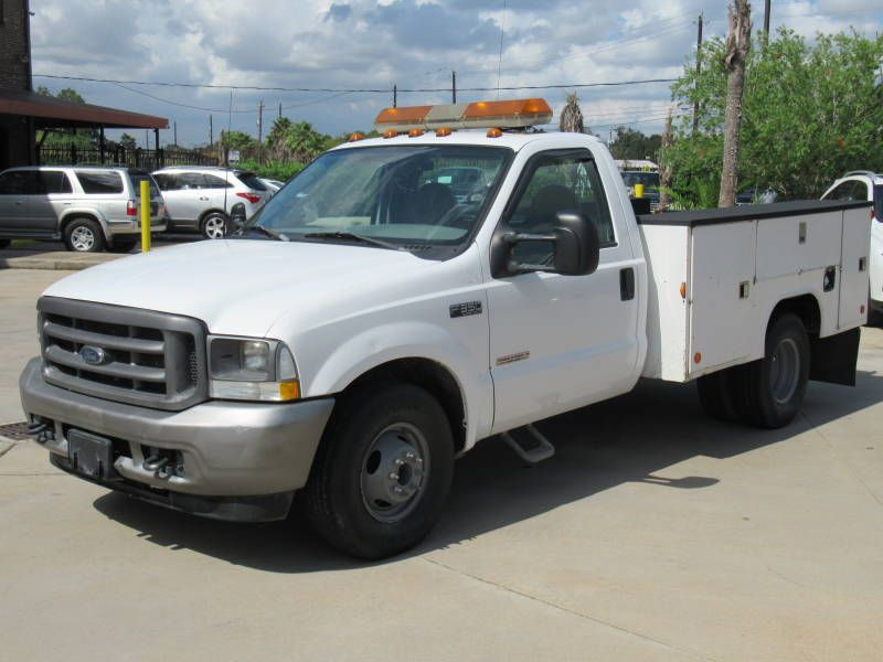2003 Ford Super Duty F-350 DRW XL Service Truck | Houston, TX | American Auto Centers in Houston TX