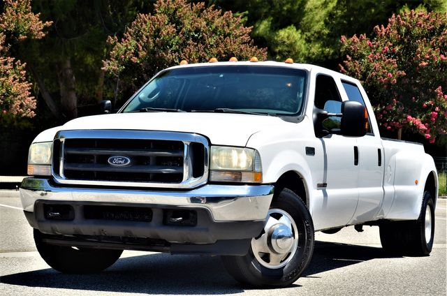 2003 Ford Super Duty F-350 DRW XLT in Reseda, CA, CA 91335