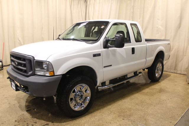 2003 Ford Super Duty F-350 Diesel 4x4 XL in Roscoe, IL 61073