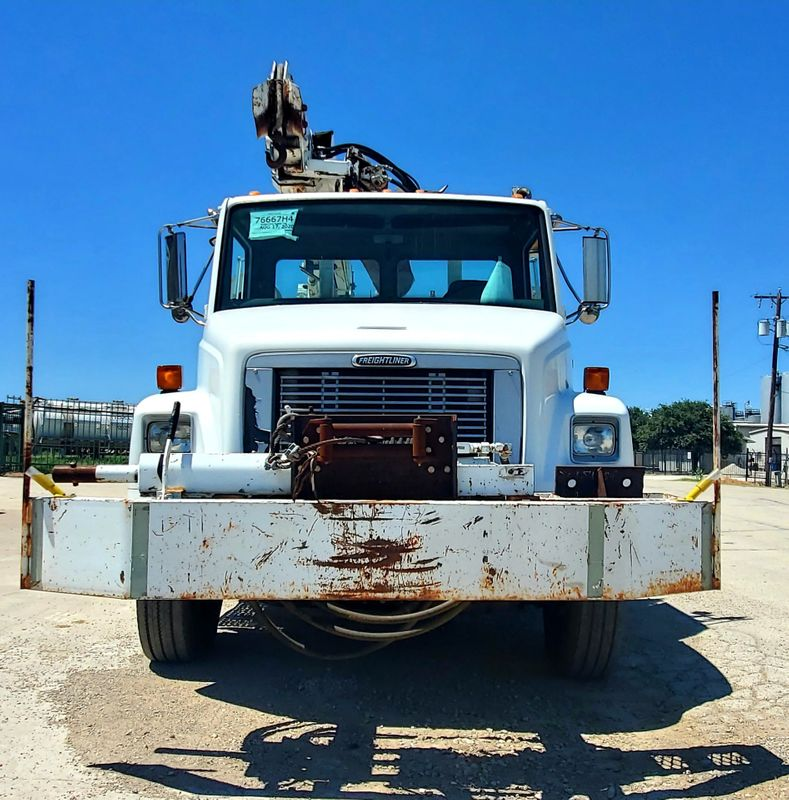 2003 Freightliner FL70 DIGGER DERRICK    city TX  North Texas Equipment  in Fort Worth, TX