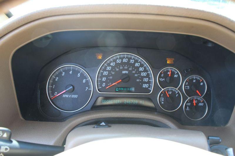 2003 GMC Envoy XL SLT  city MD  South County Public Auto Auction  in Harwood, MD