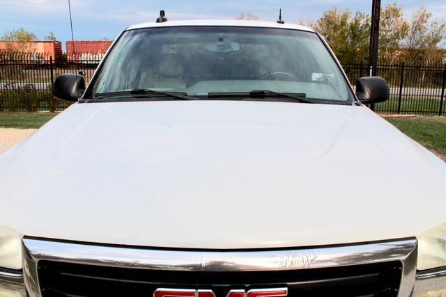 2003 GMC Sierra 2500HD SLT Sealy, Texas 14