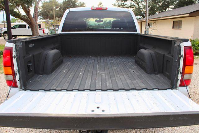 2003 GMC Sierra 2500HD SLT Sealy, Texas 16