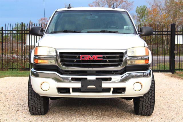 2003 GMC Sierra 2500HD SLT Sealy, Texas 3