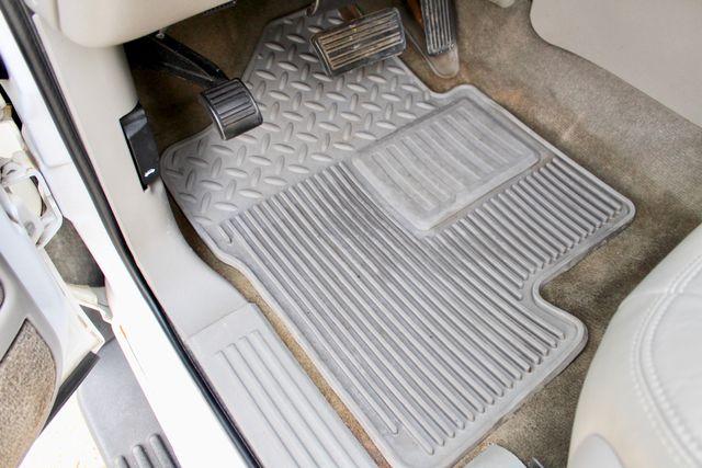 2003 GMC Sierra 2500HD SLT Sealy, Texas 32