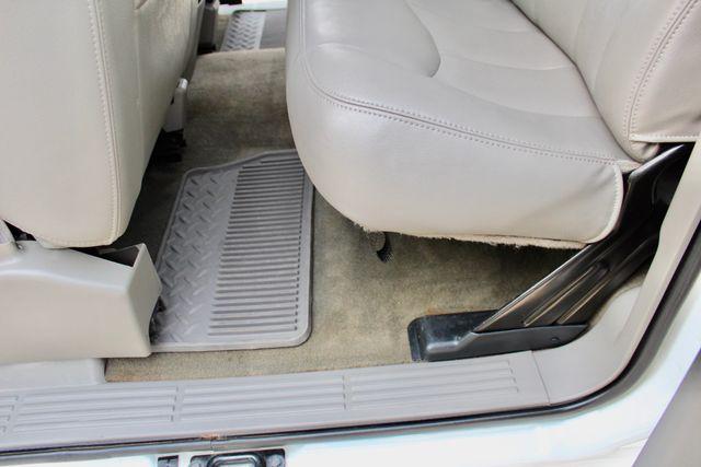 2003 GMC Sierra 2500HD SLT Sealy, Texas 36