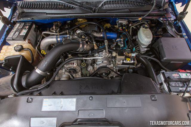 2003 GMC Sierra 3500 SLT 4X4 Flatbed Dually in Addison Texas, 75001