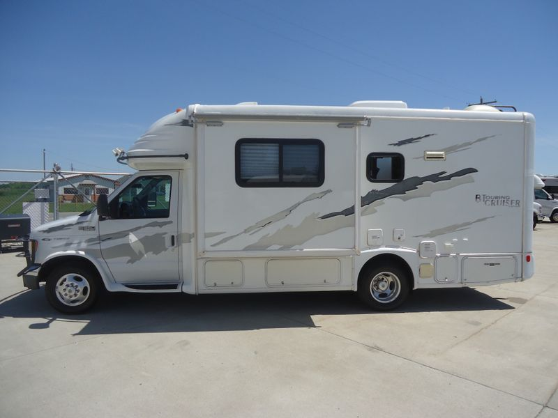 2003 Gulf Stream B Touring Cruiser 5230  in Sherwood, Ohio