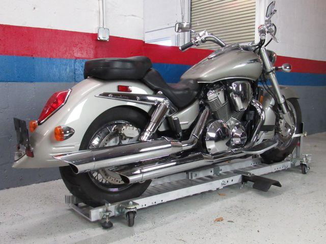 2003 Honda VTX1800R in Dania Beach , Florida 33004