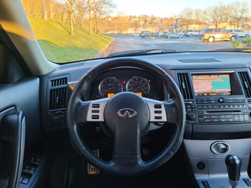 2003 Infiniti FX35 AWD Premium Tech Sport Packages Adaptive Cruise Rear Camera  city Washington  Complete Automotive  in Seattle, Washington