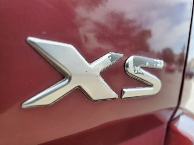 2003 Isuzu Axiom XS in Sterling, VA 20166