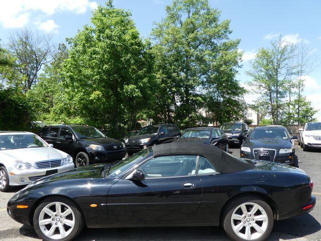 2003 Jaguar XK8 Leesburg, Virginia 3