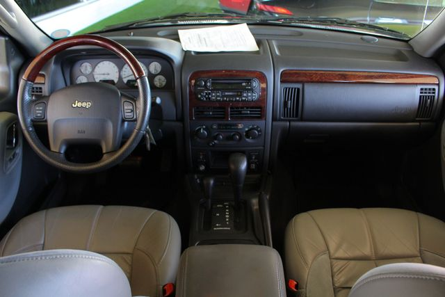 2003 Jeep Grand Cherokee Overland 4WD - SUNROOF - ONLY 49K MILES! Mooresville , NC 29