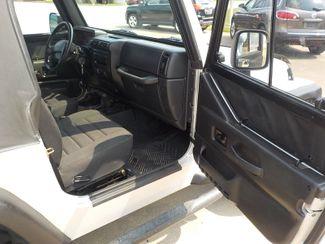 2003 Jeep Wrangler X Fayetteville , Arkansas 11