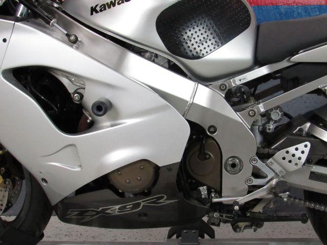 2003 Kawasaki ZX9R in Dania Beach , Florida 33004