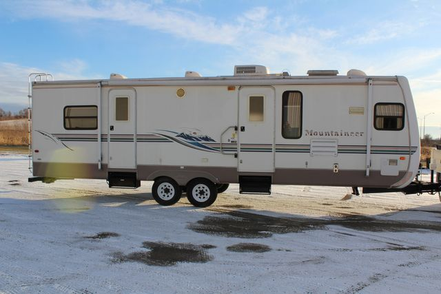 2003 Keystone 325fkbs Mountaineer in Roscoe, IL 61073