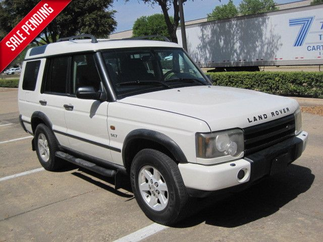 2003 Land Rover Discovery SE7, 3rd row, New State, Runs Good. No lights on
