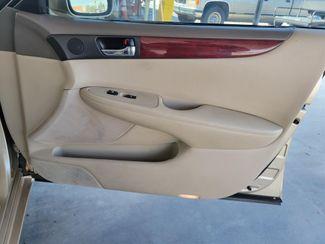 2003 Lexus ES 300 Gardena, California 13