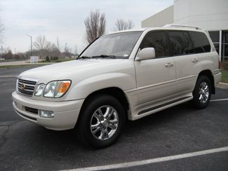 2003 Lexus LX 470 Chesterfield, Missouri 1