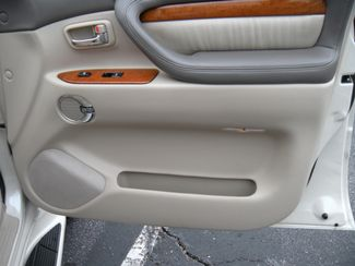 2003 Lexus LX 470 Chesterfield, Missouri 9