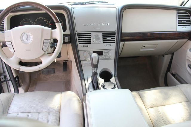 2003 Lincoln Aviator Luxury Santa Clarita, CA 7