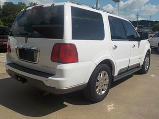2003 Lincoln Navigator Ultimate Fayetteville , Arkansas 3