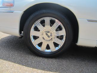 2003 Lincoln Town Car Cartier Batesville, Mississippi 15