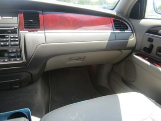 2003 Lincoln Town Car Cartier Batesville, Mississippi 25