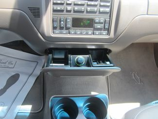 2003 Lincoln Town Car Cartier Batesville, Mississippi 27