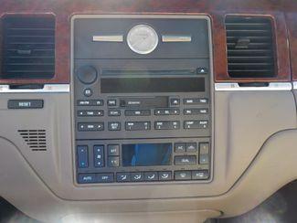 2003 Lincoln Town Car Executive Fayetteville , Arkansas 15