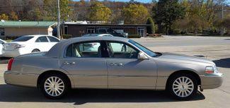 2003 Lincoln Town Car Executive Fayetteville , Arkansas 3