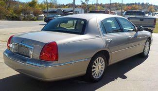 2003 Lincoln Town Car Executive Fayetteville , Arkansas 4