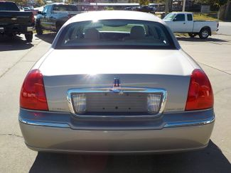 2003 Lincoln Town Car Executive Fayetteville , Arkansas 5