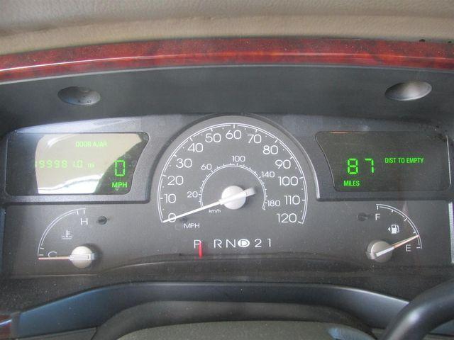 2003 Lincoln Town Car Cartier L Gardena, California 5