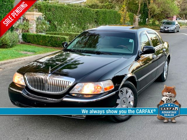 2003 Lincoln TOWN CAR CARTIER PREMIUM NEW TIRES SERVICE RECORDS in Van Nuys, CA 91406