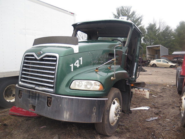 2003 Mack CX613 in Ravenna, MI 49451