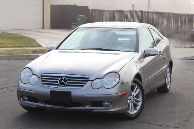 2003 Mercedes-Benz C230 1.8L 73K MLS AUTOMATIC SERVICE RECORDS AVAILABLE in Woodland Hills, CA 91367
