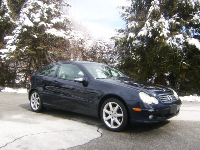 2003 Mercedes-Benz C230 Kompressor Sports Coupe in West Chester, PA 19382
