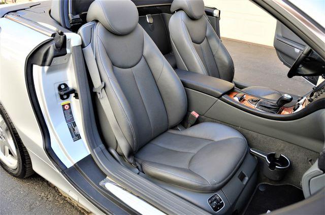 2003 Mercedes-Benz SL500 Reseda, CA 42