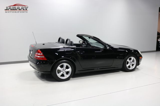 2003 Mercedes-Benz SLK320 3.2L Merrillville, Indiana 37