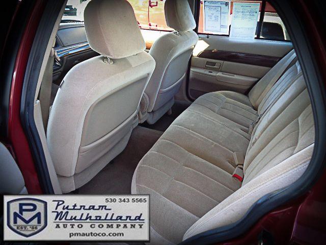 2003 Mercury Grand Marquis LS Premium Chico, CA 9