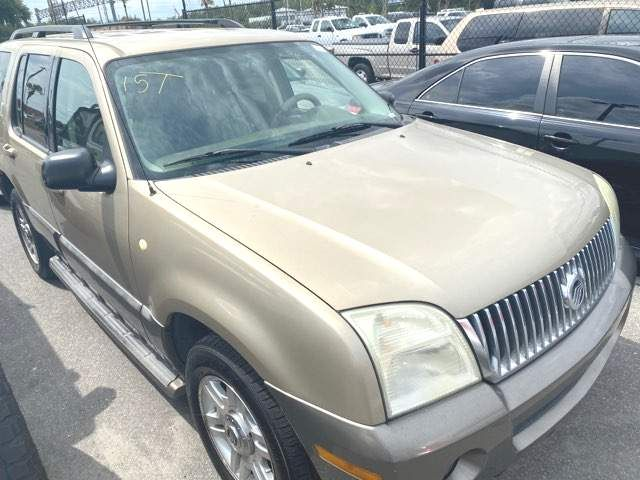 2003 Mercury Mountaineer in Knoxville, Tennessee 37920