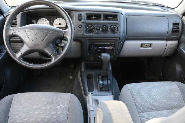 2003 Mitsubishi Montero Sport XLS Santa Clarita, CA 7