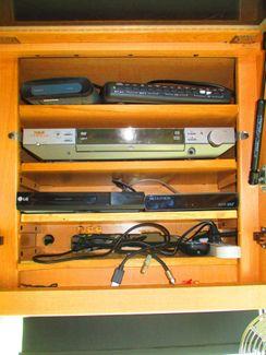 2005 National Dolphin LX 5342  city Florida  RV World of Hudson Inc  in Hudson, Florida