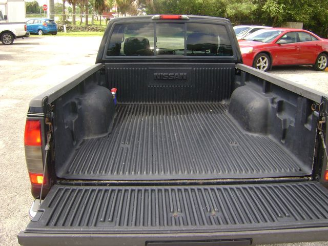2003 Nissan Frontier XE in Fort Pierce, FL 34982