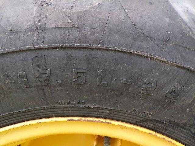 2003 Other John Deere 110 Backhoe Loader 4x4 Low Hours in Ravenna, MI 49451