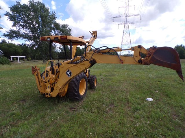 2003 Other John Deere 110 Backhoe Loader 4x4 Low Hours in Ravenna, MI 49451